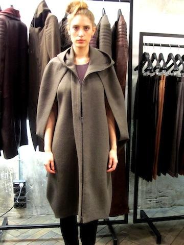 ハイダーアッカーマンのコート
