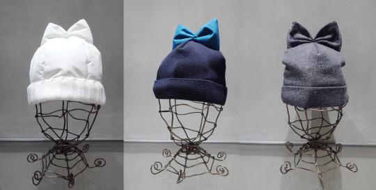 リボン付きのニット帽